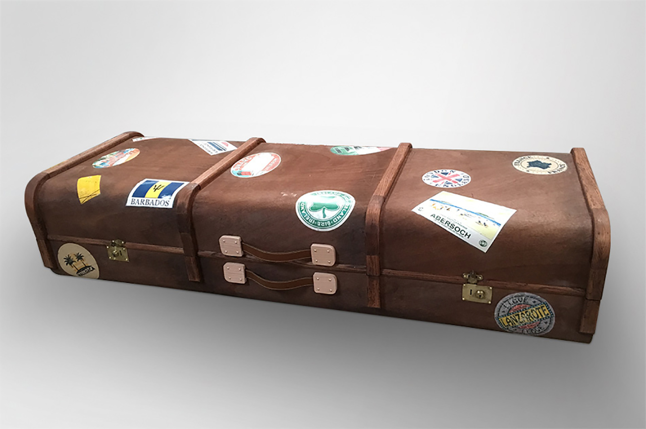 Luggage coffin